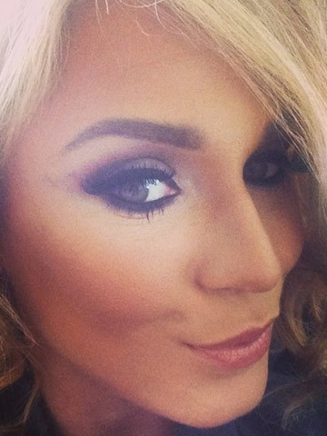 OMG! Vicky Pattison shows off new long blonde hair on ...